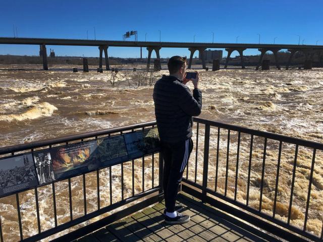Banjir di Sungai James